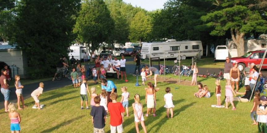 fun-at-lake-leelanau-rv-park