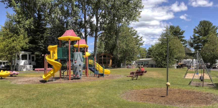 lake leelanau rv park playground
