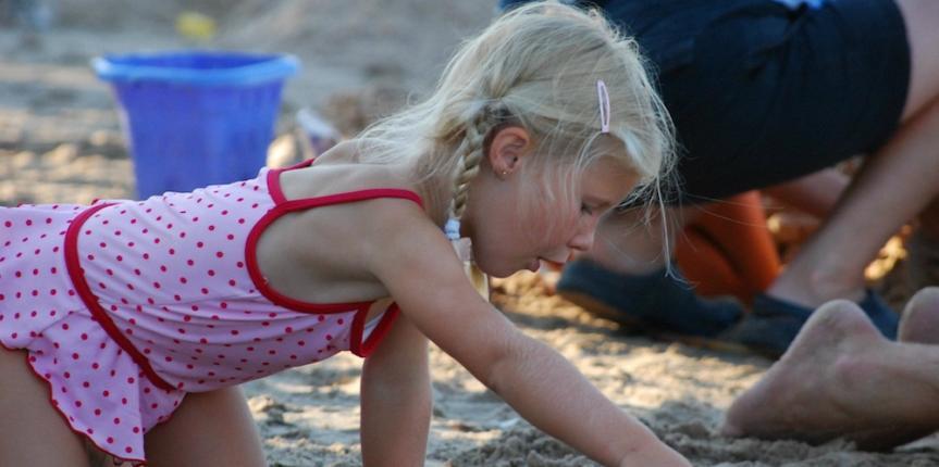 playing-at-beach2